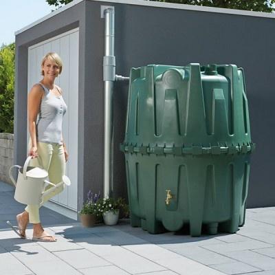 Plastová zahradná nádrž na dažďovú vodu HERKULES 1600 l
