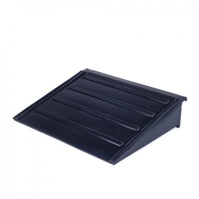 Nájazdová rampa pre záchytnú podlahu