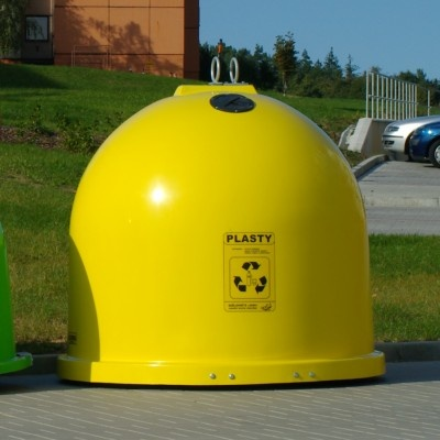 Sklolaminátové kontajnery GFA na plasty